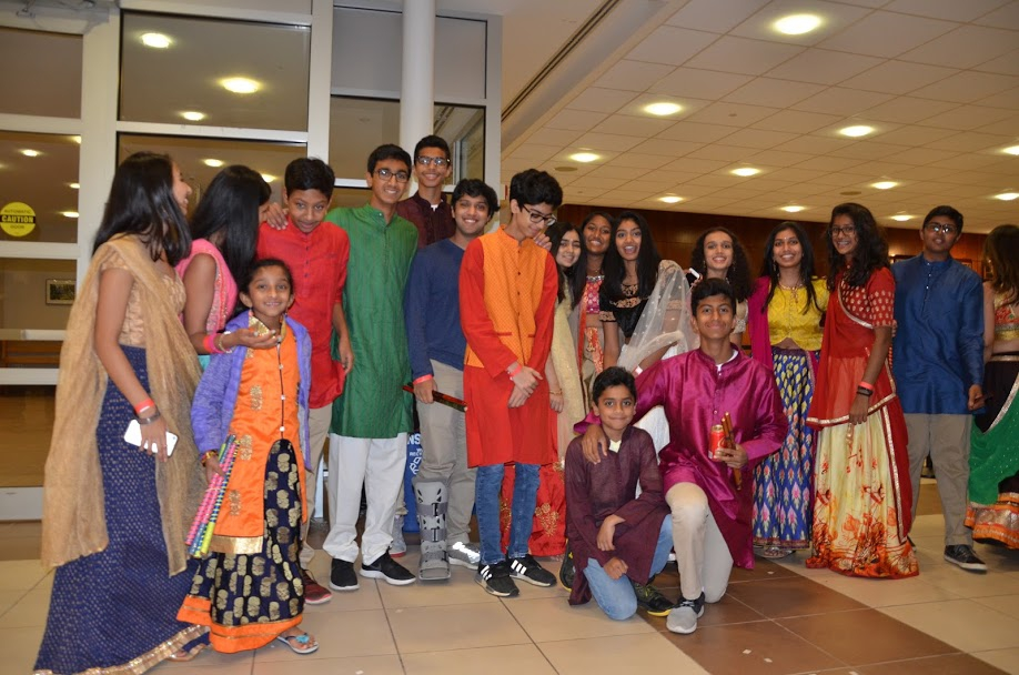 View Your Dandiya Pictures Here!